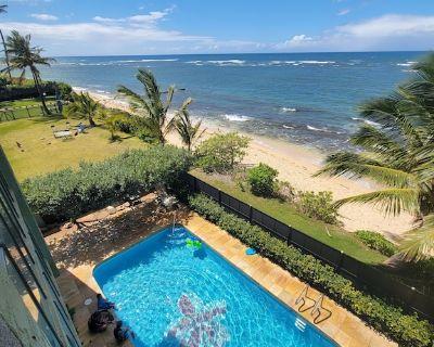 Beautiful Beach Front Condo - Mokuleia