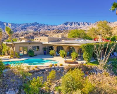 Cliff House | El Paseo Retreat with Views, Private Pool & Spa - Palm Desert