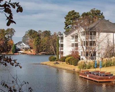 Beautiful Hotel in Georgia Fairfield Plantation 1 BD Sleeps 4 - Villa Rica