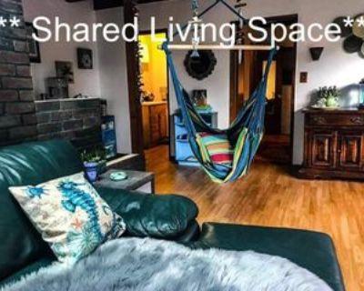 20700 Oxnard St #1, Los Angeles, CA 91367 Studio Condo