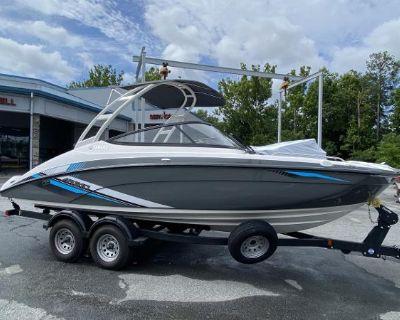 2020 Yamaha Boats AR 210