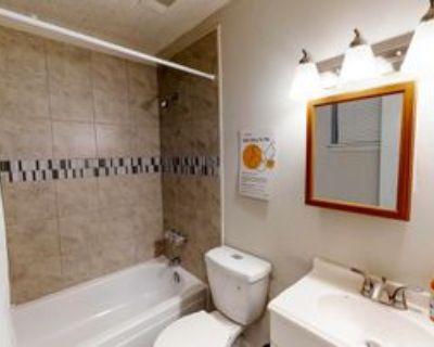 Room for Rent - Riverdale Home, Riverdale, GA 30274 5 Bedroom House