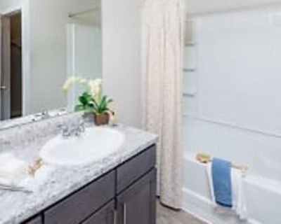 Private room with own bathroom - Dawsonville , GA 30534