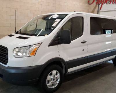 2017 Ford Transit Passenger Wagon T-350 XLT