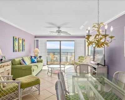SRH212: Direct Oceanfront with Miles of White Sandy Beaches - Crescent Beach