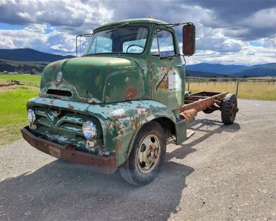 1955 Ford C600