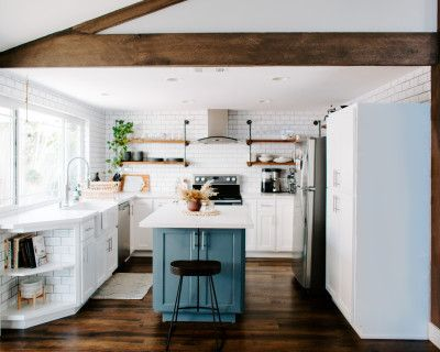 Light, Bright Home With Gorgeous Kitchen, Wood Floors, Natural Light, Costa Mesa, CA