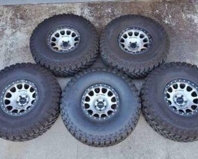 Method Beadlocks & 38x13.50x17 Falken Tires
