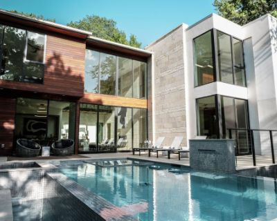 Modern Architectural Masterpiece Where Nature and Luxury Meet, Dallas, TX