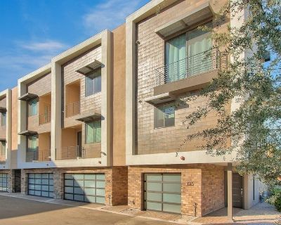 Old Town Scottsdale Townhouse- Modern, Comfortable and Great Location - Security Acres