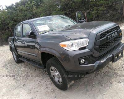 Salvage Black 2018 Toyota Tacoma