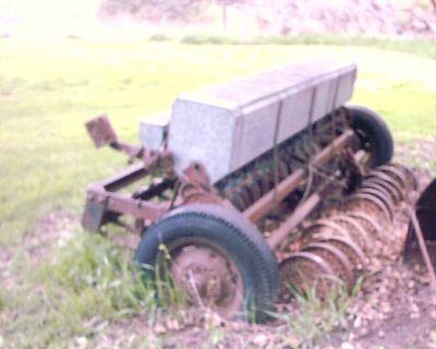 Farm grain drill to seed grain and grasses $650