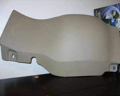 1999-04 Ford Mustang Lower Dash Knee Pad Panel Tan/parchment