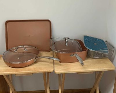 Copper Chef Pans with Lids and Cookie Sheet-7 pieces-$40 for all