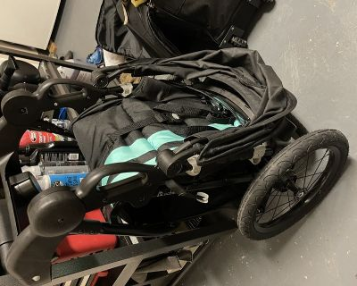 Stroller, car seat and mount