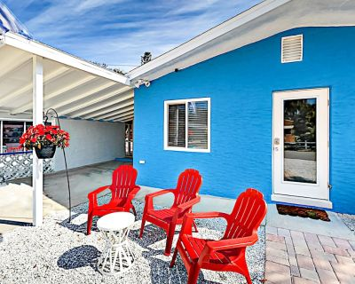Charming Cottage | Private Lanai & Grill | Walk 5 Minutes to Fort Myers Beach - Fort Myers Beach