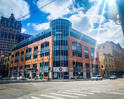 Prime Downtown Office Space