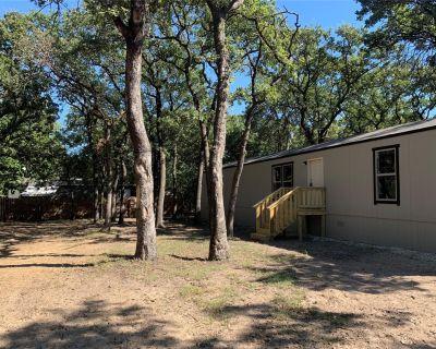 1704 Coral Rd, Pelican Bay, TX 76020