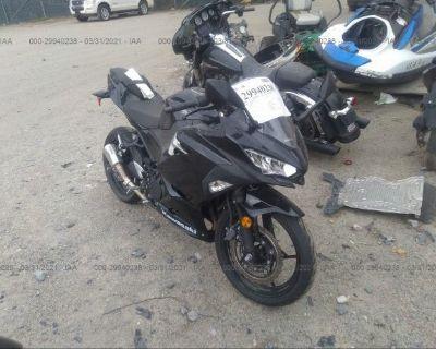 Salvage Black 2018 Kawasaki Ex400