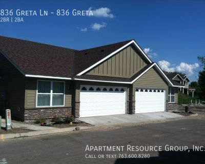 Great One Level Townhome!
