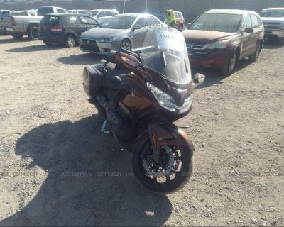 Salvage Brown 2018 Honda Gl1800