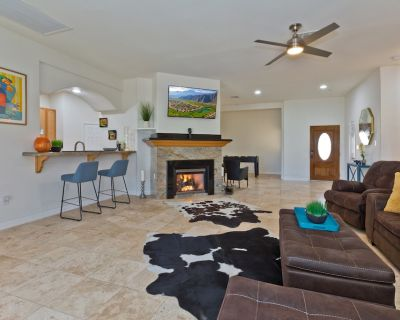 Expansive Home on Golf Course with Mountain Views - Desert Hot Springs