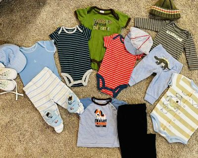 Baby boy 3 month clothing lot! Includes 15 items (see product description below for full listing) & asking $6 for ALL! Good condition! PPU