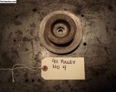 Early 911 Crankshaft Pulley With Air Condition