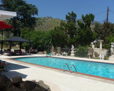 Your Own Private Resort - Glenwood