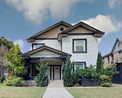605 S Oak Cliff Blvd #1, Dallas, TX 75208 4 Bedroom Condo
