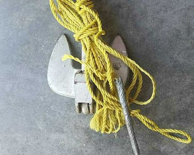 10 lbs boat anchor with 40 feet of rope