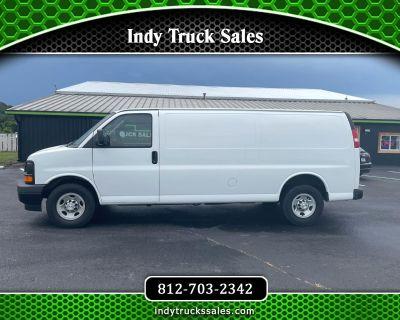 """2017 Chevrolet Express Cargo Van RWD 2500 155"""""""
