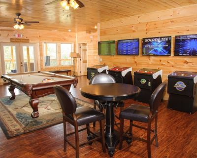 Foxwood Mansion - Fourteen Bedroom Cabin - Pittman Center