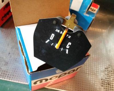 NOS  MOPAR NEW 72-80 DODGE TRUCK POWER WAGON LITTLE RED EXPRESS WARLOCK  AMP VOLT GAUGE