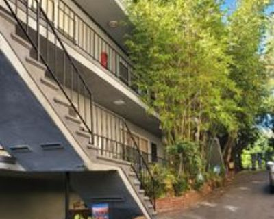 8616 8616 Holloway Drive 17, West Hollywood, CA 90069 1 Bedroom Apartment