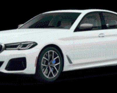 2021 BMW 5 Series M550i