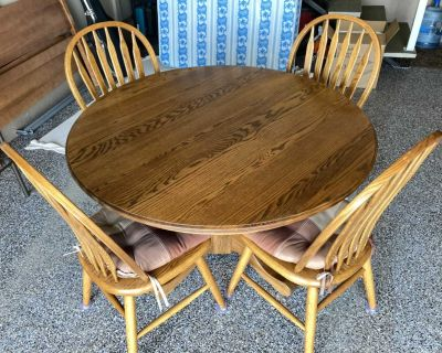 MOVING: Beautiful SOLID WOOD Kitchen Table For Sale