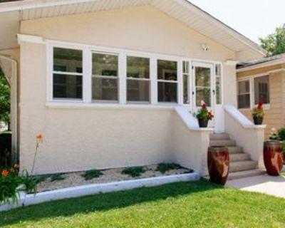 846 N Taylor Ave, Oak Park, IL 60302 5 Bedroom House