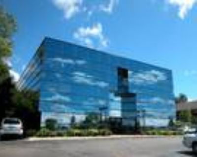 Novi, Excellent Medical/Office Suites Available in , MI