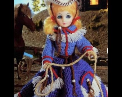 Vintage cowgirl in crocheted dress