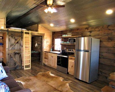 Tiny Home at Kentucky Lake's Lynnhurst Family Resort - Murray