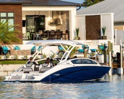 2022 Yamaha Boats 275SD