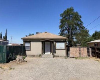 273 S Airport Way, Manteca, CA 95337 2 Bedroom House