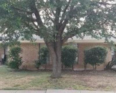 2422 Sherry St, Arlington, TX 76014 2 Bedroom Apartment