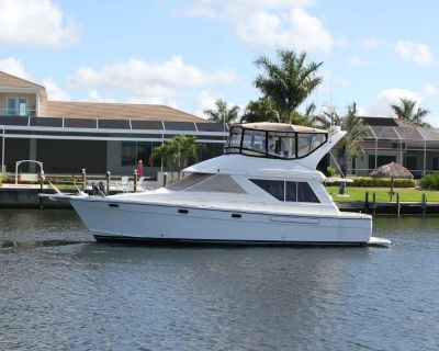1996 39' Bayliner 3988 Motor Yacht