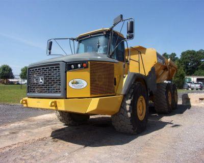 2014 JOHN DEERE 410E Off Highway Trucks