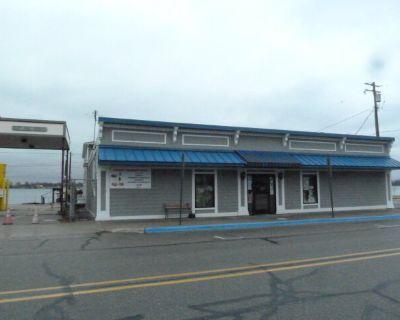 Well Established Restaurant/Bar - Waterfront View