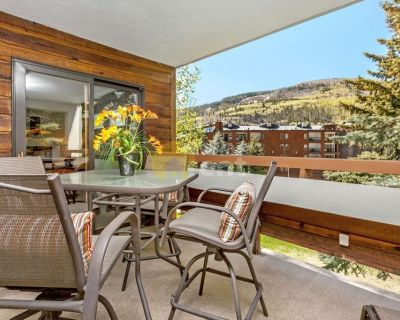 Vail – Beautifully remodeled 2 Bedroom Condo