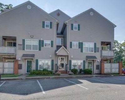 12808 Daybreak Cir, Newport News, VA 23602 2 Bedroom Condo