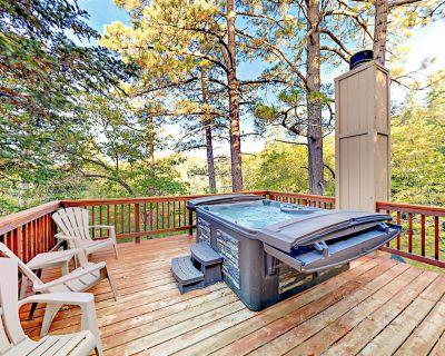 Remodeled Bear Lake House with Hot Tub, Wood Fires & Game Room - Upper Moonridge